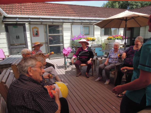 Image of senior citizens